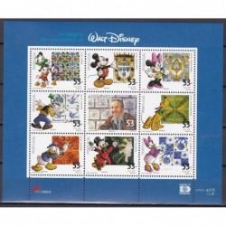 2001 - Nascimento de Walt...